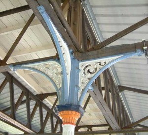 Clapham_Junction_Railway_Station_-_Detail_of_Roof_Columns_-_London_-_240404
