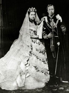princess-alexandra-prince-albert-edward-wedding-mdn