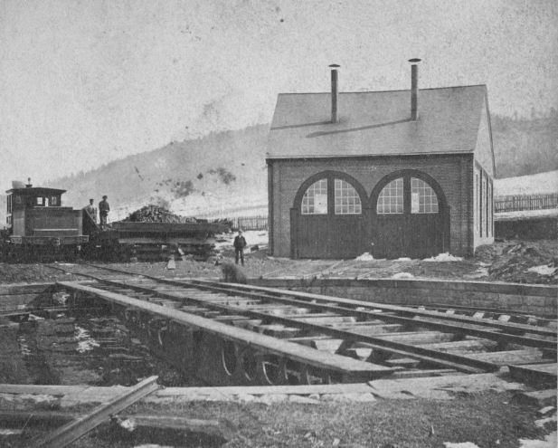 0-01-RoundHouse-1899-003