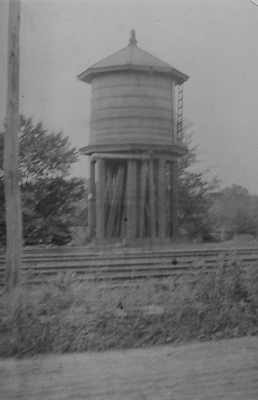0-01-WaterTower-ICC-1916-001